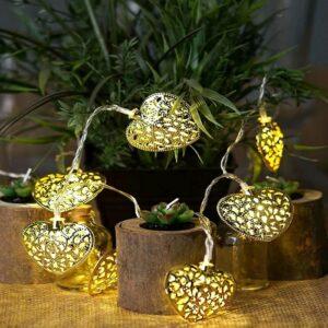 Metal Heart Golden LED Light (16 Lamps)