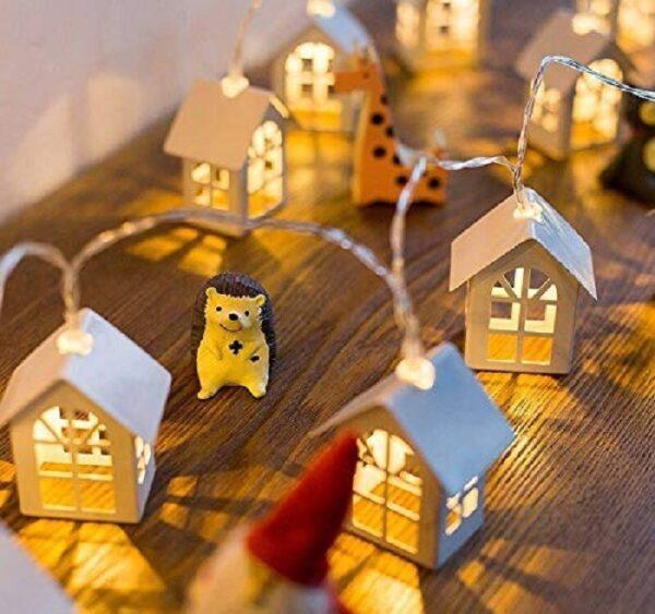 Wooden House LED Light (16 Lamps)